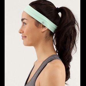 Lululemon Fly Away Tamer Headband